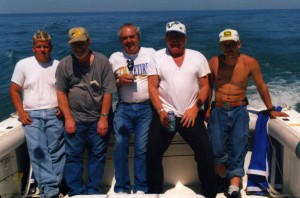 fishermenbackofboat0176